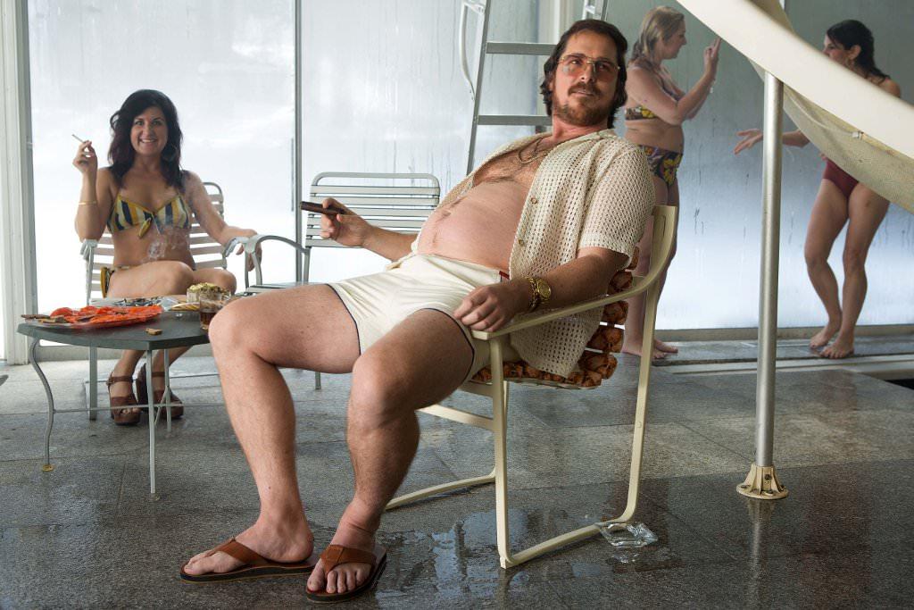 Christian Bale hat für diese Rolle gut zugenommen - und alle finden ihn weiterhin sexy. © Tobis