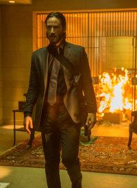 Was wäre ein Actionfilm ohne berühmte Explosion im Hintergrund? Eben - die gibt's auch bei JOHN WICK.